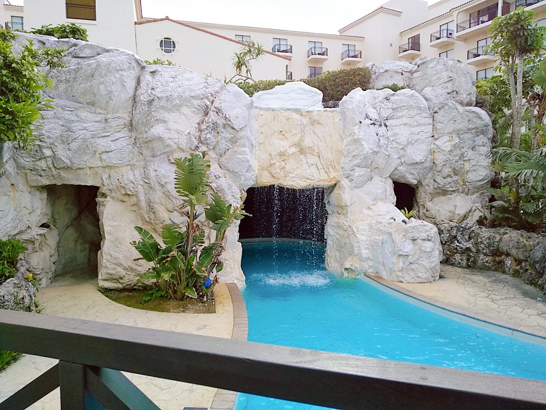 ホテル日航アリビラ プール